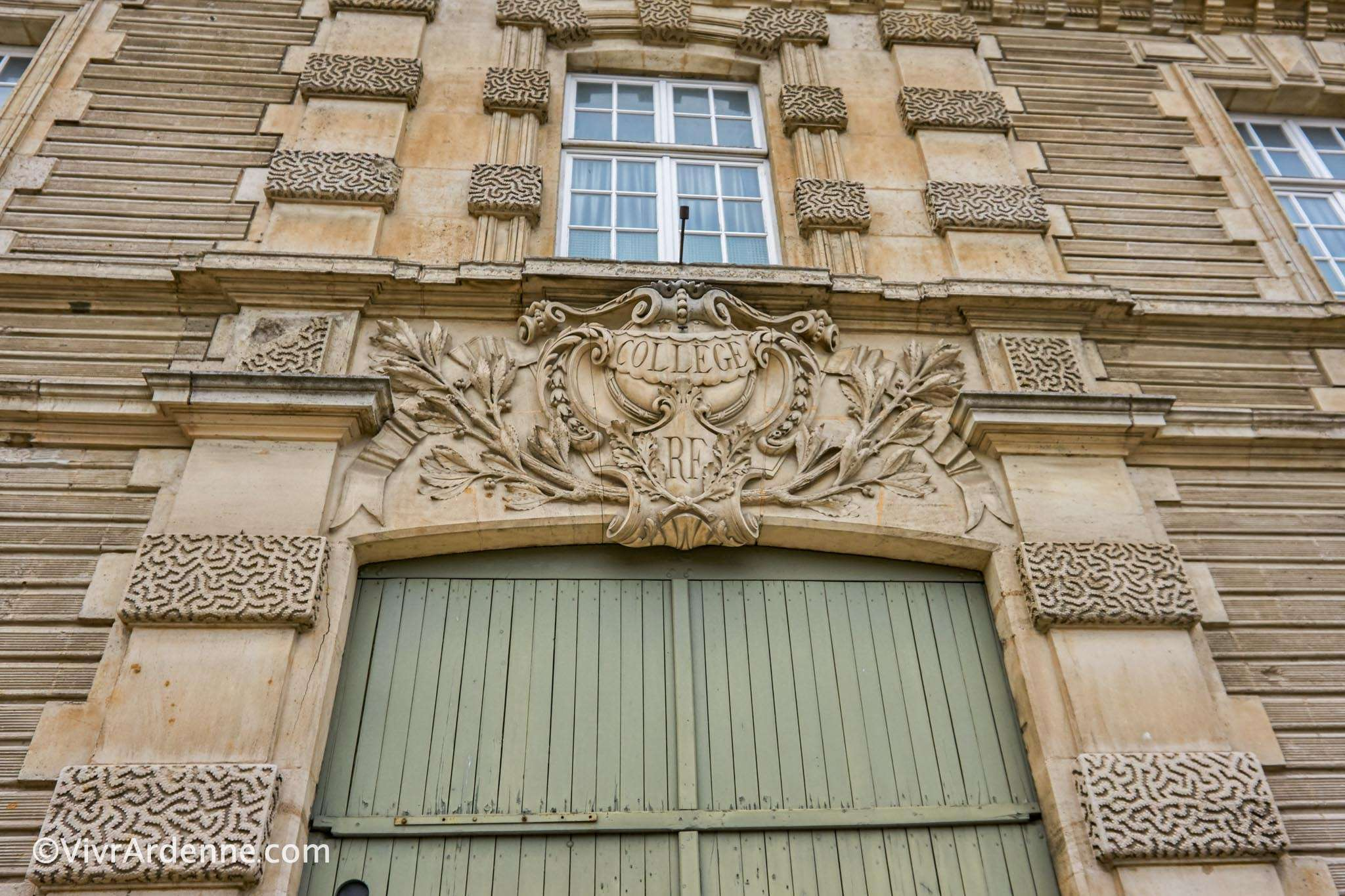 Architecture Sedan - VivrArdenne